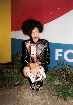 Damaris Goddrie by Tyrone Lebon for Vogue UK February Editorial in with Damaris wears Louis Vuitton Fashion Shoot, Fashion Art, Editorial Fashion, New Fashion, Fashion Brands, Nicolas Ghesquière, Look Rock, Vogue Uk, Baddie