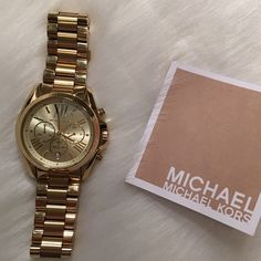 MAKE OFFER Michael KORS Brand New Gold watch Worn once! Perfect condition Michael Kors watch. No scratches on face whatsoever. Comes with instruction booklet. Currently selling for Over $300 with tax. MICHAEL Michael Kors Accessories Watches