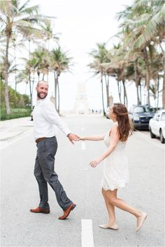 Light and Airy photos on Worth Avenue | Lifestyle Spring Engagement Photos in Worth Avenue, Palm Beach, FL | Colorful Worth Avenue, Palm Beach Engagement | West Palm Beach Engagement Photography | Palm Beach Photographer: Crystal Bolin Photography