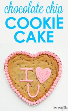 The BEST chocolate chip cookie cake recipe! Great for birthday parties.