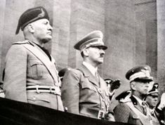 Mas que fotografías, Historia viva.: Adolf Hitler con Benito Mussolini.