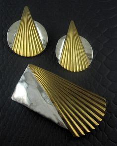 Signed LOUIS BOOTH Sterling & Brass Modernist Lg Brooch Pin & Earrings.   Click on the image for more information.