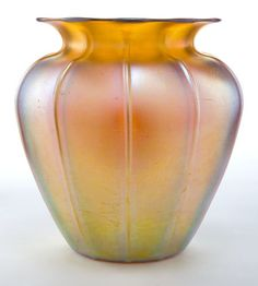 A DURAND GLASS VASE . Vineland Flint Glass Works, Vineland, New Jersey, circa 1920 .