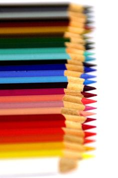 pencils in a row. Satisfying Pictures, Define Art, Basic Drawing, Color Meanings, Coloured Pencils, Love Drawings, Photo Colour, Paper Beads, Over The Rainbow