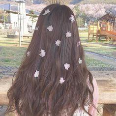 Tóc Tóc underwear gap - Under Wear My Love Photo, Korean Girl Photo, Foto Instagram, Ulzzang Girl, Ombre Hair, Flowers In Hair, Cute Hairstyles, Girl Photos, Her Hair
