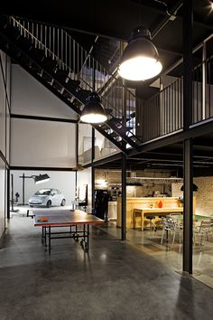 large industrial style focusse lighting inside the pblok office bpgm law office fgmf