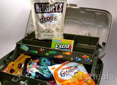 """Father's Day DIY """"tackle box."""" Includes fun ideas like Butterfinger Bites: Hope you gets lots of """"Bites"""" this weekend. #gift"""