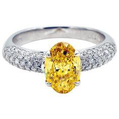 Fancy Vivid Yellow 1.37 Carat Diamond White Gold Engagement Ring | 1stdibs.com