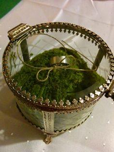 Für den Antrag den Ring schön verpackt, auch für später gut nutzbar, bei der Trauung. *.* <3