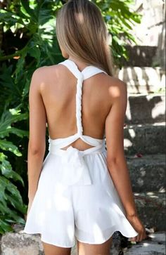 Simple but not simple.This pair of rompers features plunging neckline design and crossover back.When you try it on, it definitely gives you an amazing look.Three colors to choose. Pick up your favorite at OASAP! Teen Fashion, Fashion Beauty, Fashion Outfits, Cool Outfits, Summer Outfits, Amazing Outfits, Dress Summer, White Playsuit, White Dress