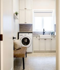 Just in case you need some Monday motivation to get you through your laundry woes. Design by Natalie Fuglesveit interior design Laundry Room Shelves, Small Laundry Rooms, Laundry Room Organization, Laundry Room Design, Laundry Center, Laundry Room Inspiration, Selling Your House, Laundry Detergent, Spring Cleaning