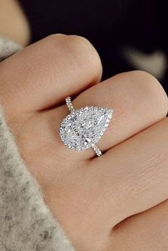 Pear Shaped Engagement Rings, Engagement Ring Shapes, Dream Engagement Rings, Engagement Ring Settings, Vintage Engagement Rings, Solitaire Engagement, Solitaire Diamond, Solitaire Rings, Diamond Art