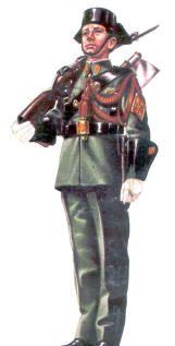 GUARDIA CIVIL-1943, pin by Paolo Marzioli Public Security, Men In Uniform, Ww2, Samurai, Spanish, Army, Military, Warriors, Memories