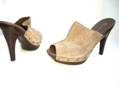 I.N.C. 'WILLATUP' Taupe Medium Beige Leather Womens Clogs Shoes US Size 9.5
