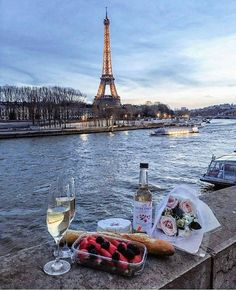 Love you Paris Oh The Places You'll Go, Places To Travel, Paris Wallpaper, France Wallpaper, Travel Aesthetic, Paris Travel, France Travel, Travel Goals, Belle Photo