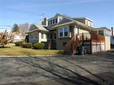 157 SARATOGA Ave. Waterford, NY $259,900 4-Bedrooms 3-Baths one-fam w/ inlaw apartment: 4 stall garage, 2 fam rms, FDR, fireplace http://goo.gl/FrWZS http://RENY.net #Real Estate New York