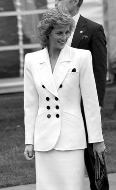 Princess Diana - White beauty