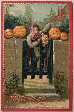 Vintage Halloween Postcard by riptheskull, via Flickr