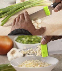 Glide - knife swipe