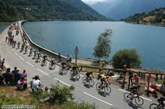 2015 tour-de-france stage-18  Team Sky and Chris Froome leading the chase