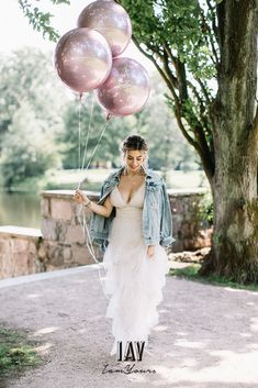 pc @fabijanvuksic model @luisalion ganze story auf @friedatheres Dress @catherine__deane skirt + Shirt  @iay_iamyours Jacket @chosenbyoneday  Total look via @iay_iamyours #wedding #bride #brides #bridedress #bridetobe #love #weddingdress #marry #bridegang #brideinspiration #weddingdecoration #iamyours #realbride #bridalinspiration #boho #bohowedding #bohohochzeit #bohobraut #bohobride #hochzeit #braut #brautkleid #brautmode #hochzeitskleid #bohobrautkleid #bohohochzeit #weddingdecoration Catherine Deane, Wedding Dress, Models, Brides, Bling, How To Wear, Marriage Dress, Bridal Gown, Gowns