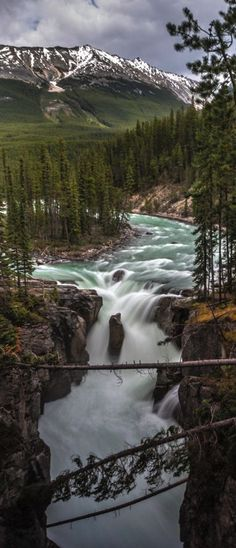 Nature pictures country national parks 67 ideas for 2019 Beautiful Waterfalls, Beautiful Landscapes, Wonderful Places, Beautiful Places, Parque Natural, Photos Voyages, All Nature, Parcs, Nature Pictures