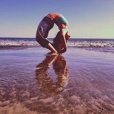 More on TheYogaMentor Instagram - https://www.instagram.com/p/BXFwXTHH4S7/ fitfam fitspo yoga yogagirl yogini yogapose beachyoga igyoga yogaeverydamnday om Namaste
