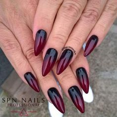Nails dark ombre nailart ideen für 2019 - hands and nails ♦ - halloween nails Black Ombre Nails, Dark Red Nails, Dark Ombre, Nail Black, Dark Acrylic Nails, Magenta Nails, Goth Nails, Stiletto Nails, My Nails
