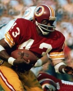 Running Back, Washington Redskins Age: 25 (Sept. season in pro football & with Redskins College: Kansas State Height: W. Redskins Fans, Redskins Football, Nfl Football Players, Football Is Life, Football Memes, Nfl History, Nfl Sports, Sports Photos, Nfl News