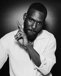 Gorgeous Black Men, Handsome Black Men, Beautiful Men, Kofi Siriboe, Chocolate Men, Black Men Hairstyles, Photography Poses For Men, Black Celebrities, Raining Men