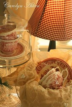 Red Transferware and red check lampshade, yes, PLEASE!