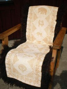 Sheepskin Rug, Dining Chairs, Crafty, Rugs, Furniture, Home Decor, Products, Farmhouse Rugs, Decoration Home