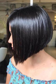 Short bob hairstyles 662451426423686923 - Straight Short Bob ❤ Pick one of the best short hairstyles for your next hairdo! Modern Bob Hairstyles, Cool Short Hairstyles, Layered Bob Hairstyles, Best Short Haircuts, Hairstyles Haircuts, Pelo Midi, Short Hair Cuts For Women, Short Cuts, Hair Looks