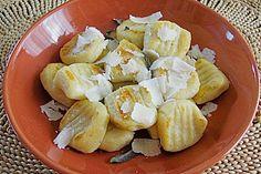 Gnocchi mit Salbeibutter, ein leckeres Rezept aus der Kategorie Kartoffeln. Bewertungen: 2. Durchschnitt: Ø 3,8.