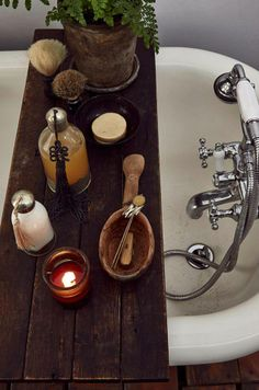 This looks like the perfect set up for a warm, relaxing hiatus with Aveda stress-fix™ soaking salts.