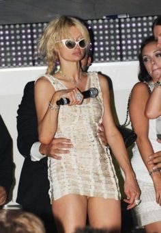 drunk-celebs this holy hot mess here! paris hilton lmao