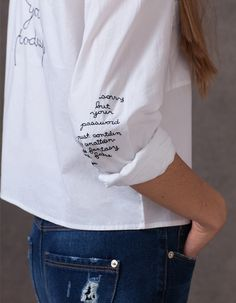 Embroidery Fashion Detail Shirts Ideas For 2019 Fashion Details, Diy Fashion, Ideias Fashion, Fashion Outfits, School Fashion, Fashion Ideas, Fashion Clothes, Fashionable Outfits, Work Fashion