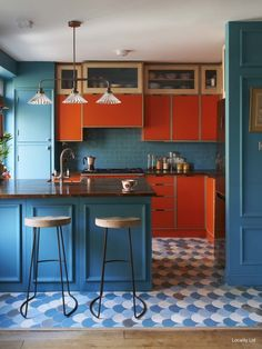 90 Creative Colorful Apartment Decor Ideas And Remodel for Summer Project 63 – Home Design Küchen Design, Deco Design, Design Ideas, Floor Design, Design Color, Deco Turquoise, Colorful Kitchen Decor, Kitchen Ideas Color, Colorful Kitchens