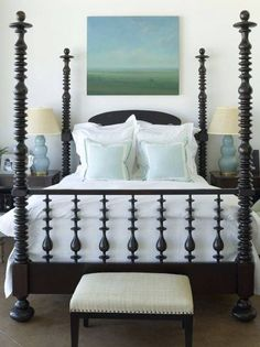 4 Poster Bed - Design photos, ideas and inspiration. Amazing gallery of interior design and decorating ideas of 4 Poster Bed in bedrooms, girl's rooms, boy's rooms by elite interior designers. Home Bedroom, Master Bedroom, Bedroom Decor, Bedroom Ideas, Calm Bedroom, Bedroom Designs, Spool Bed, Boudoir, Four Poster Bed