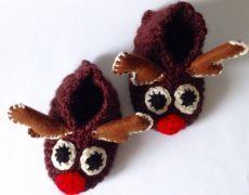 Set Caciula si Botosei Ren Christmas Ornaments, Holiday Decor, Home Decor, Xmas Ornaments, Decoration Home, Christmas Jewelry, Christmas Ornament, Interior Design, Christmas Baubles