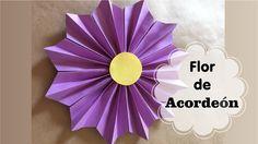 Colour Paper Flowers, Easy Paper Flowers, Paper Rosettes, Paper Flower Tutorial, Giant Paper Flowers, Big Flowers, Diy And Crafts, Paper Crafts, Diy Garland