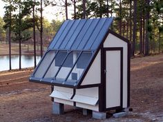 """A """"green"""" homing pigeon loft - ours is also based on this design   Nice,size loft for Racing Homers!"""