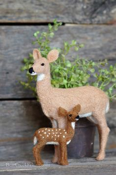 Needle Felted Whitetail Doe and Fawn by Teresa Perleberg
