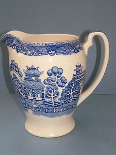 1930s Alfred Meakin Old Willow Blue and White Large Water Pitcher - Made in England