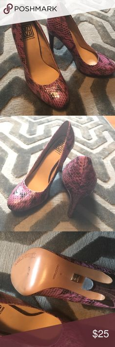 Pink Snakeskin Pour Le Victoire Heels Make a statement with these pink snakeskin print high heels from Pour la Victoire! Never worn! No original box. High quality! Pour la Victoire Shoes Heels