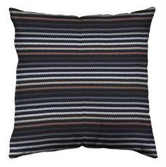 Marrone. #mariaflora #cushions #cuscini #marrone