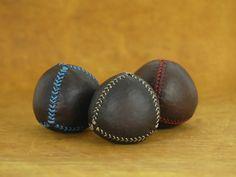 Set of 3 leather juggling balls, juggling balls, juggling,leather balls, juggler, circus, ball, toys