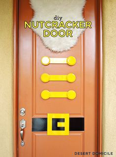DIY Nutcracker Door - perfect entry for your holiday party. One of the most creative ideas I've seen this holiday season via Burton Burton @ Desert Domicile. Nutcracker Decor, Nutcracker Christmas, Christmas 2014, All Things Christmas, Christmas Door Decorations, Christmas Themes, Christmas Entryway, Christmas Traditions, Holiday Crafts