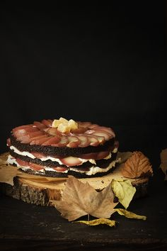 GINGERBREAD GUINNESS LAYER CAKE DE PERAS ESCALFADAS AL VINO - See more at: http://sweetandsour.es/gingerbread-guinness-layer-cake-de-peras-escalfadas-al-vino/#sthash.IEYermAH.dpuf