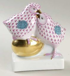 """Herend Hand Painted Porcelain Figurine Pair of Chicks on Golden Egg"""" Raspberry Fishnet Gold Accents."""